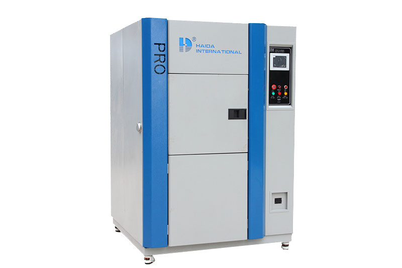 Programmable Constant Thermal Shock Environmental Test Chamber 10.00°C ~ 70.00°C  PID+SSR